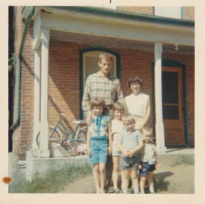 Growing up at the Manse: Dad (Wendell), Mum (Lorna) and left to right me, Melanie, John and Ken.