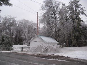 A blanket of white, and our little garage in the midst of it. (Photo by Ruth Steele)