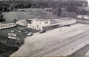 The Realm Restaurant in Marmora – do you remember that? Am I right in thinking that the long low section to the right was a sometime dance hall? (Photo from Vintage Belleville, Trenton & Quinte Region)
