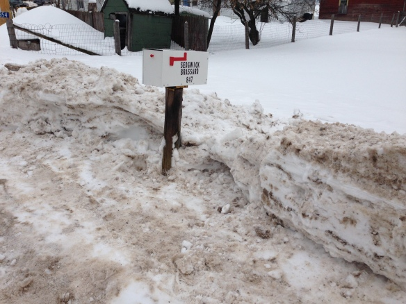 Shovelled-out mailbox