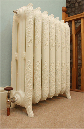Aestus Versailles radiator, another view