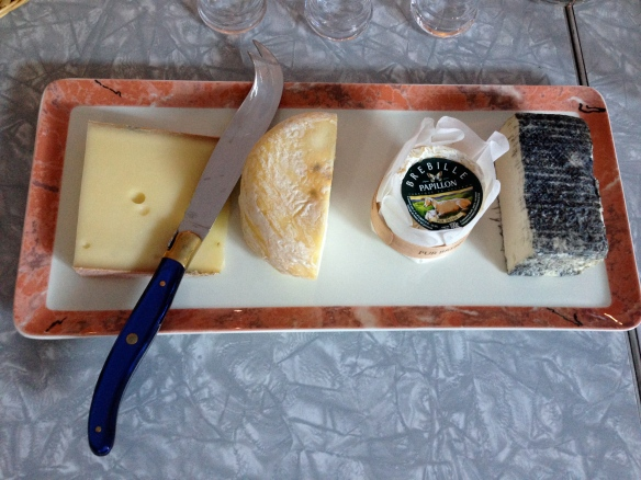 Monteal cheese platter