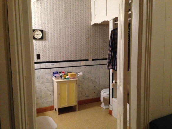 Manse bathroom
