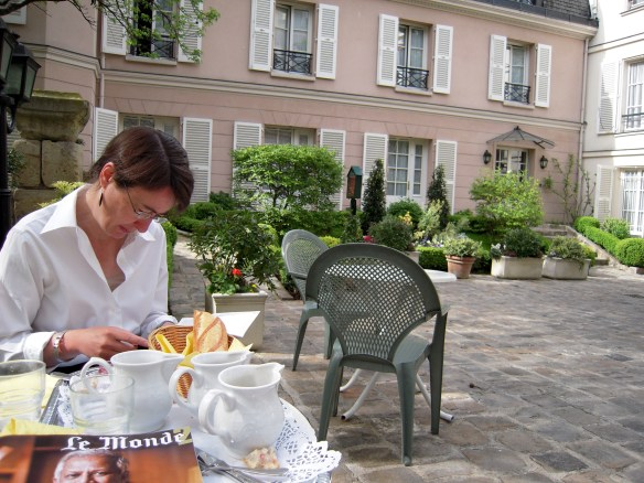 Breakfast at the Hotel des Grandes Ecoles