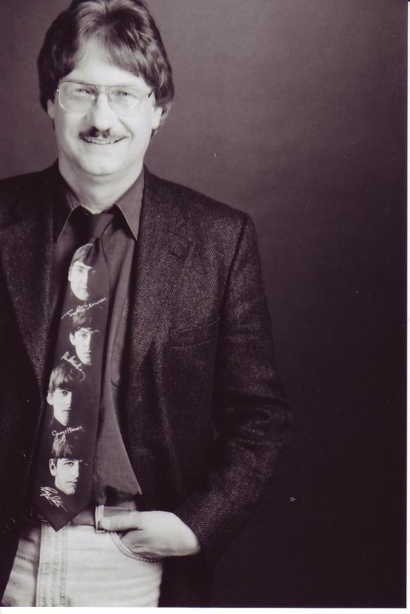 Joey Edwards in Beatle tie