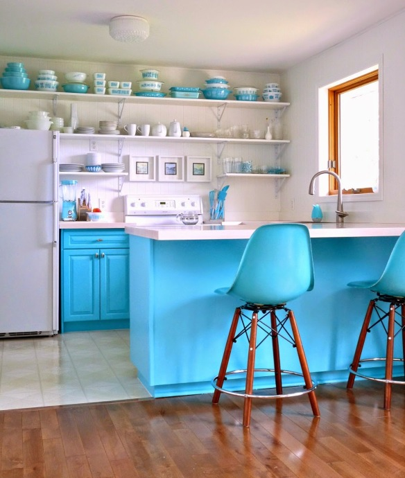 DIY Turquoise Kitchen Makeover