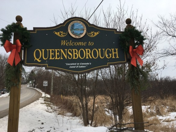 Christmas sign, west entrance to Queensborough