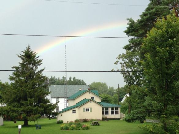 rainbow-over-chuck-and-ruths-house