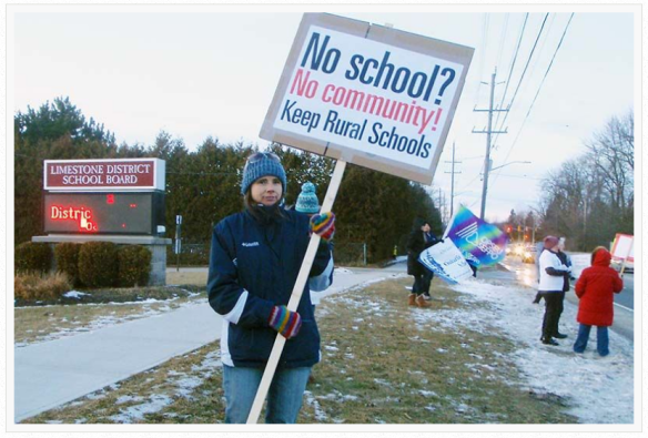 robin-hutcheon-protests-school-closure