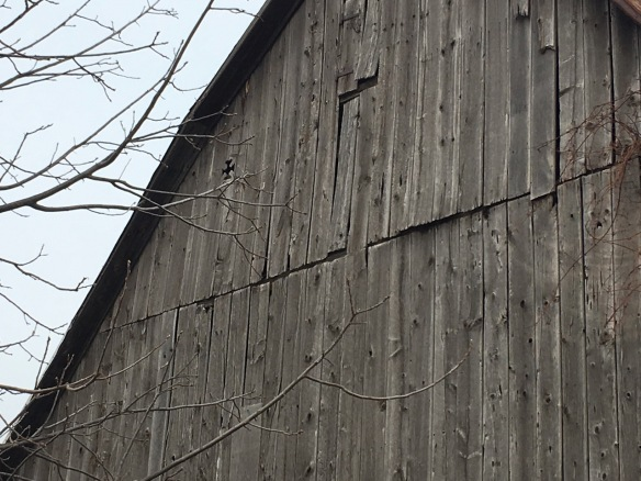 Diamond cross on Vermilyea Road barn